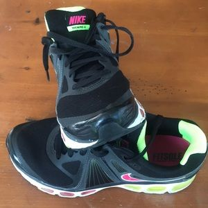 Nike Running Sneaker Flywire Tailwind 4 IV Airmax
